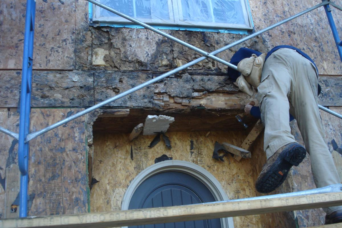 Removing stucco
