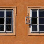 sealing stucco around windows